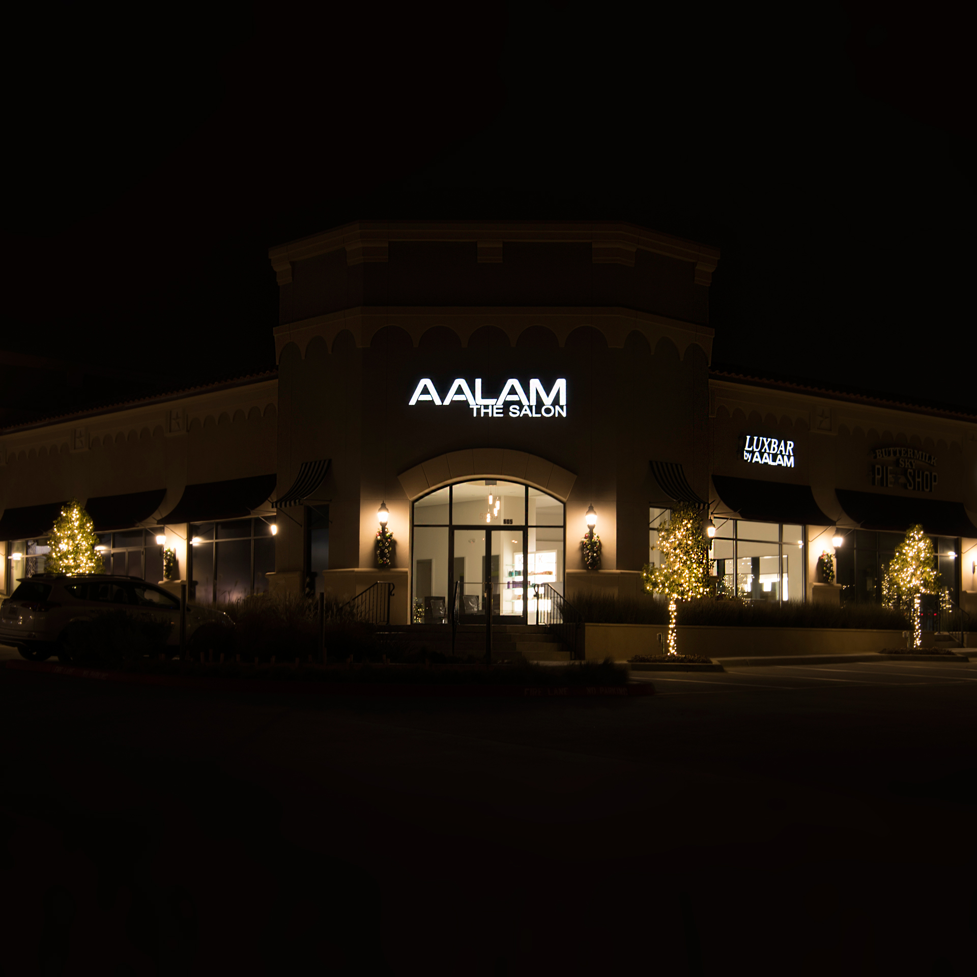 AALAM The salon Frisco TX Best hair salon Shop at Starwood Frisco TX Upscale hair salon High End men Women Haircut Highlights Balayage 5355 Dallas Parkway #605 Frisco TX 75034 LUXBAR by AALAM