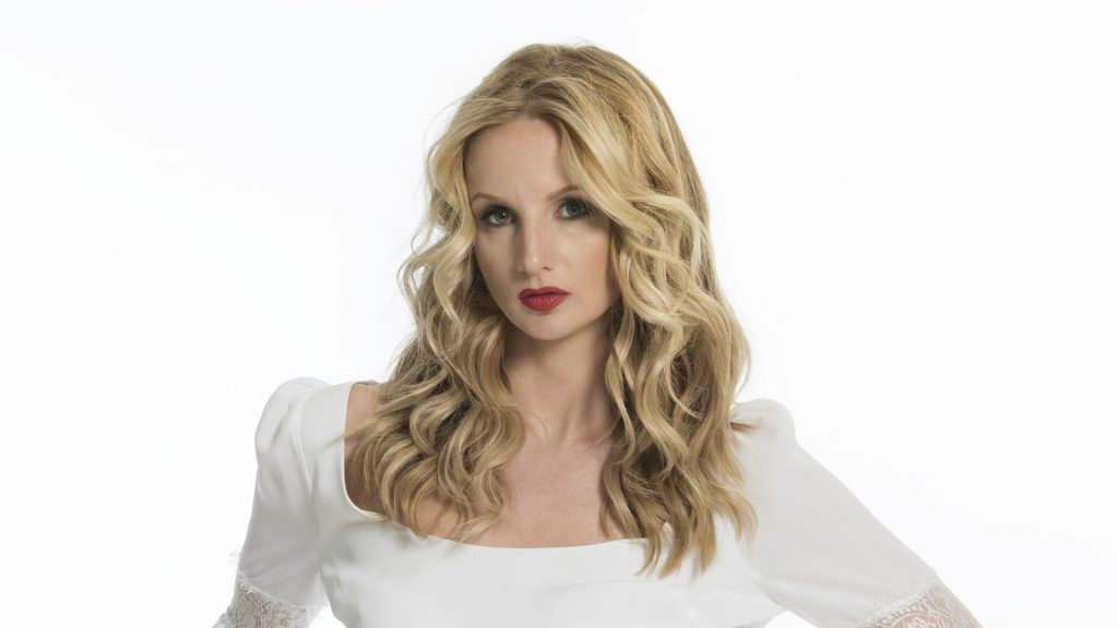 LUXBAR - Plano Frisco Blow Dry Bar Makeup Bar in North Dallas Best ...