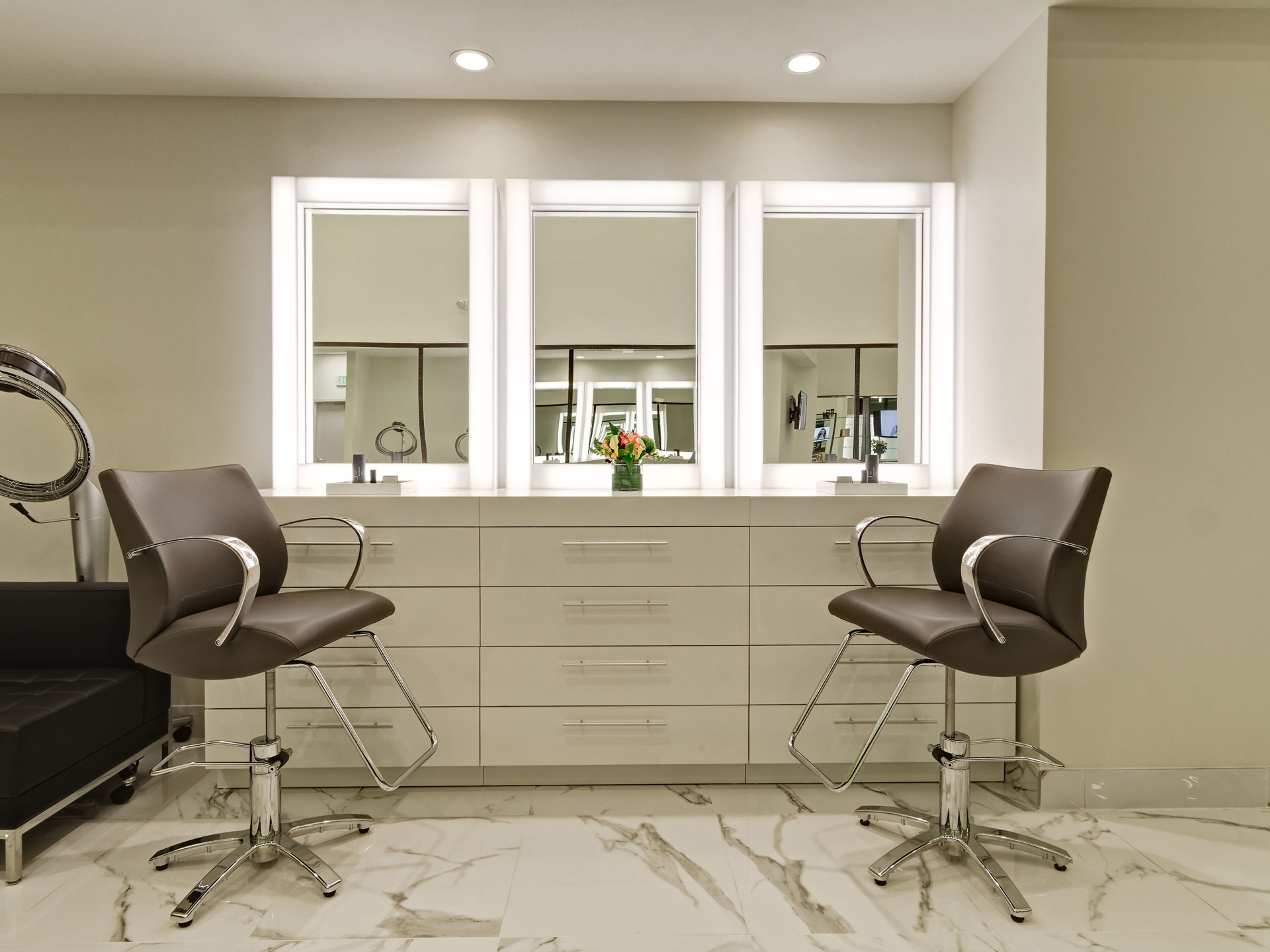 Contact aalam the salon plano frisco dallas tx best hair salon for Aalam salon prices